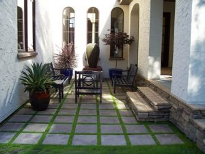 spanish design of garden